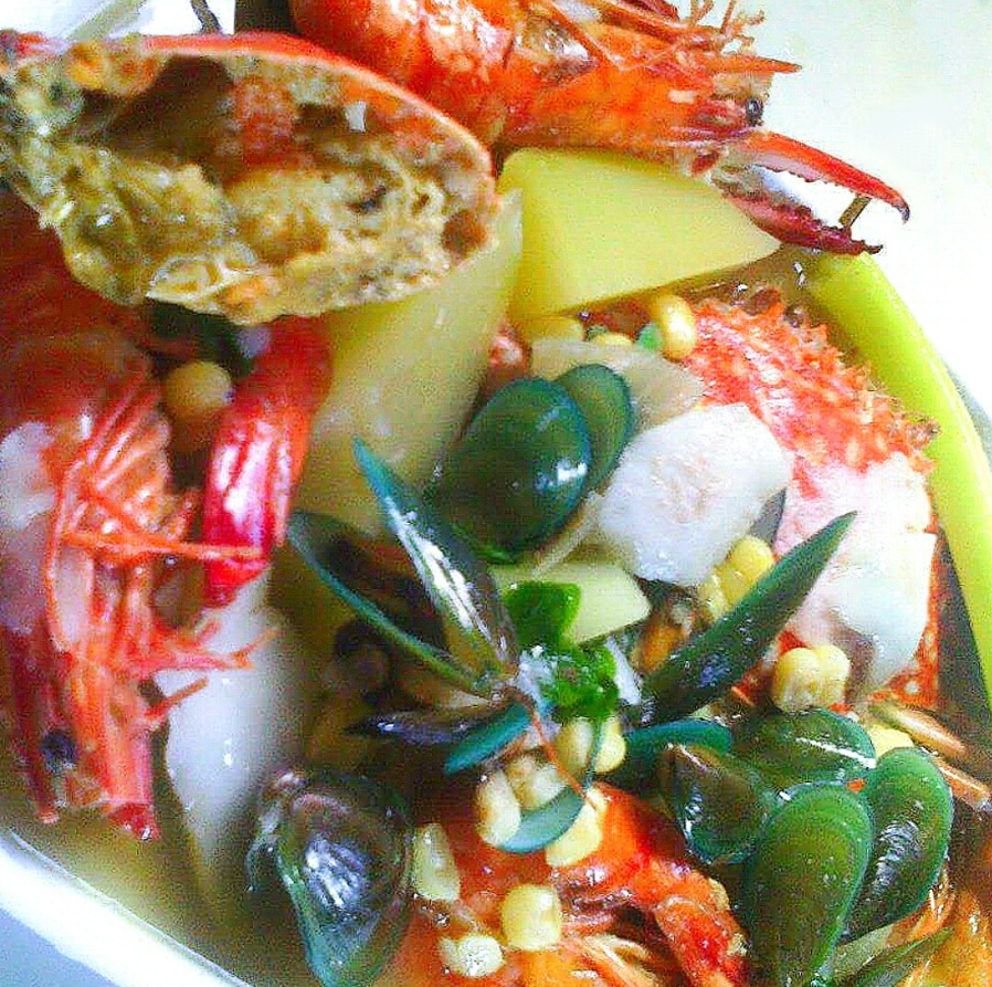 Seafood Binakol