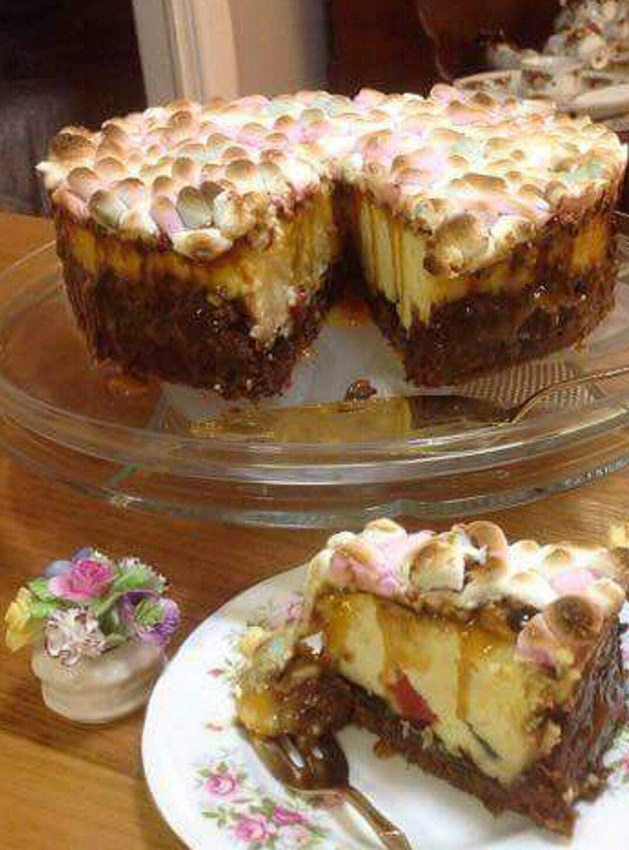 Baked Marshmallow And caramel Cheesecake