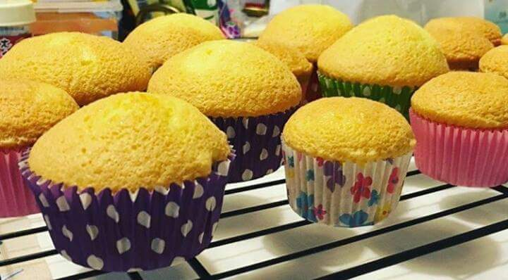 How to Make Steamed Egg Cakes